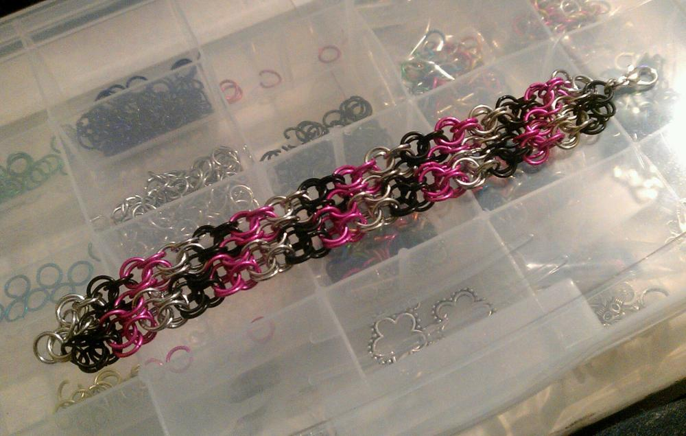 Pink Black Silver Candy Striped Diagonal Pattern Chainmaille Bracelet